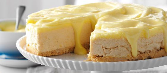 Lemon Shortbread Cheesecake using Girl Scout #Shortbreads / #Trefoils. #GirlScoutCookies