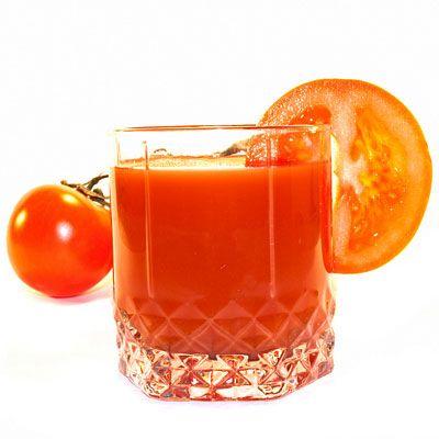 Tipps und Mittel gegen Schwitzen: Dieses Hausmittel hilft gegen Schwitzen - Testen Sie als altbewährtes Hausmittel Tomatensaft ...