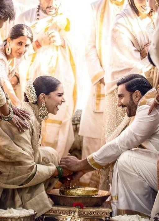 Deepika Padukone Ranveer Singh Anand Karaj Ceremony Wedding Deepveerkishaadi Deepikapadukone Ranveersingh Deepveer Love Wedding N Bollywood Sari Bodas