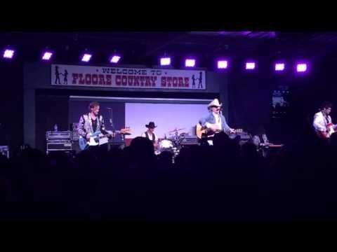 Dwight Yoakam - The Bottle Let Me Down (Merle Haggard Tribute) 4/8/16 - YouTube
