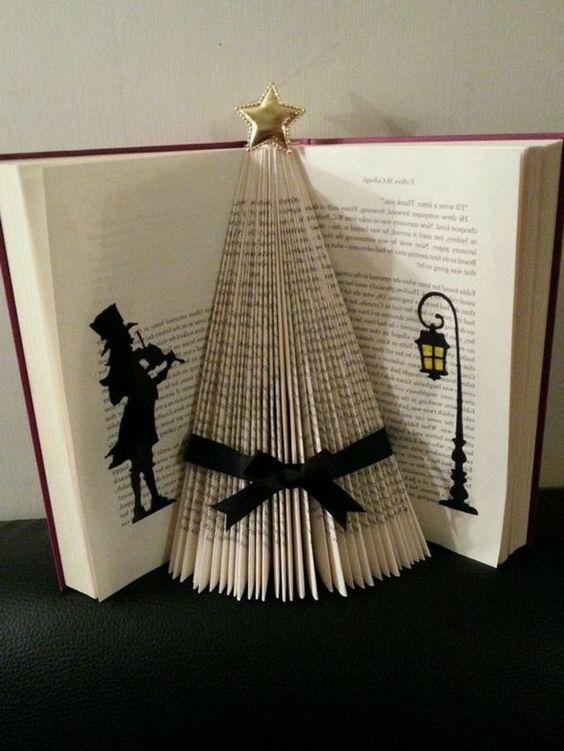 Libri Decorazioni Natalizie.Libro Origami Come Creare Albero Natale Piegando Pagine Libro Applicando Figure Arte Del Libro Alberi Di Natale Di Carta Libro Scultura
