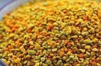 Polenul are o compoziţie chimică complexă, specială, care îl deosebeşte de toate celelalte produse vegetale şi îi conferă un spectru de influenţă surprinzător de larg asupra multor afecţiuni şi disfuncţii ale organismului uman. Proprietăţile principale ale polenului sunt legate de bogaţia mare în elemente nutritive (aminoacizi, vitamine, enzime s.a..).