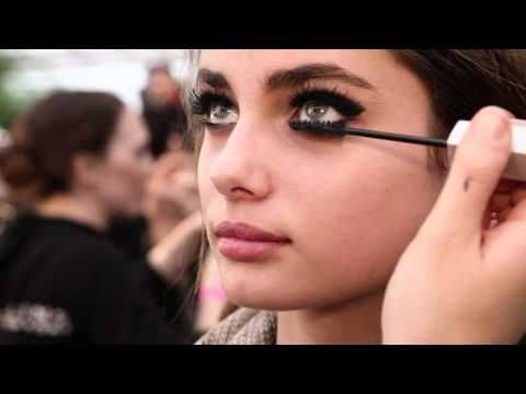 The amazing Charlotte Tilbury shows you how to get the beauty look from Fall 2012