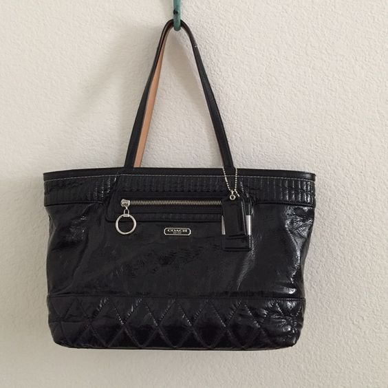 Coach 18674 Black Patent Gloss Poppy Tote Purse Very good used condition.  Light marks from use.  Handles look great. Gorgeous bag! Coach Bags Totes