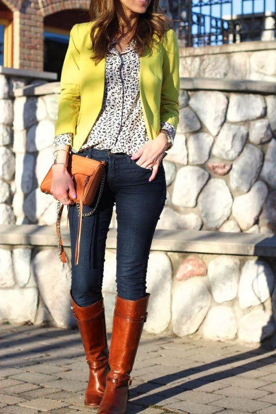 Dark blue skinny jeans, white and black windowpane blouse, neon cardigan or rust coloured blazer, statement necklace