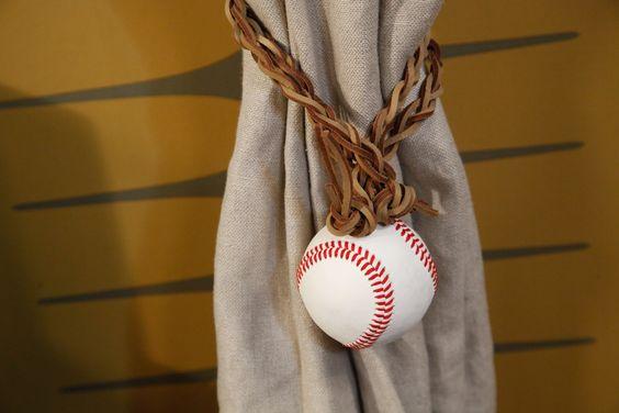 le diy de rozenn pour sa chambre dado sport vintage est une - Rideau Pour Ado