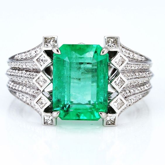 KAT FLORENCE Colombian Emerald and diamond ring