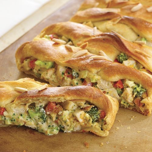 Pampered Chef Chicken Broccoli Braid* Easy to whip up!  Wonderfully flavourful! Not that much prep! https://www.pamperedchef.com/recipe/Main+Dishes/American/Chicken+%26+Broccoli+Braid/10047