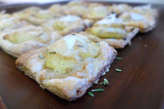 Mini Potato Tarts w/Gruyere, Rosemary, & Caramelized Onions ...