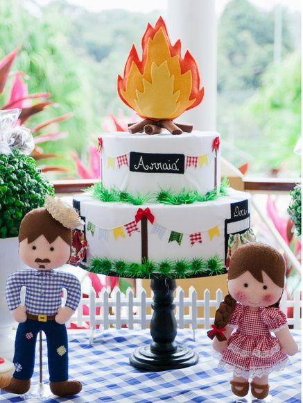 Bolo de Festa Junina -  /    Cake from  June Festival  -