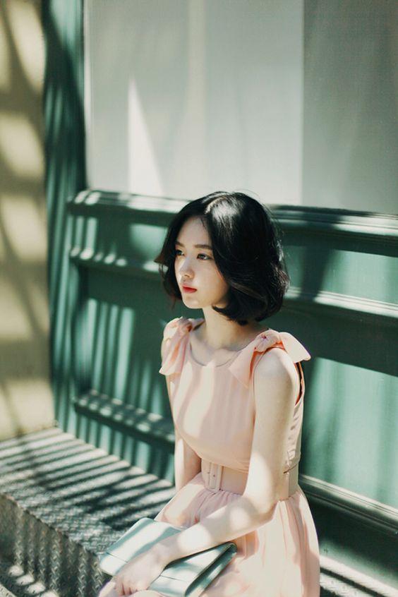 这位鲜为人知的韩国气质模特,你认识吗?她拥有精灵般的清纯面孔, 美得令人窒息!快来认识她吧~