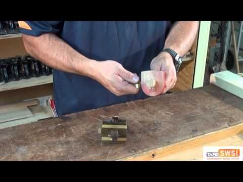 Using a Marking Gauge