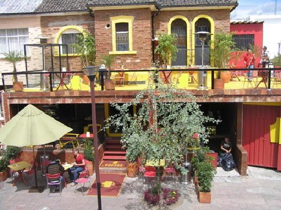 Shops ecuador and coffee shop on pinterest for Hostal jardin