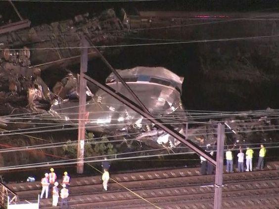 #IndieNewz: via @WUSA9: Five dead after #Amtrak train derails in #Philadelphia http://ow.ly/3xRYDa #BreakingNews