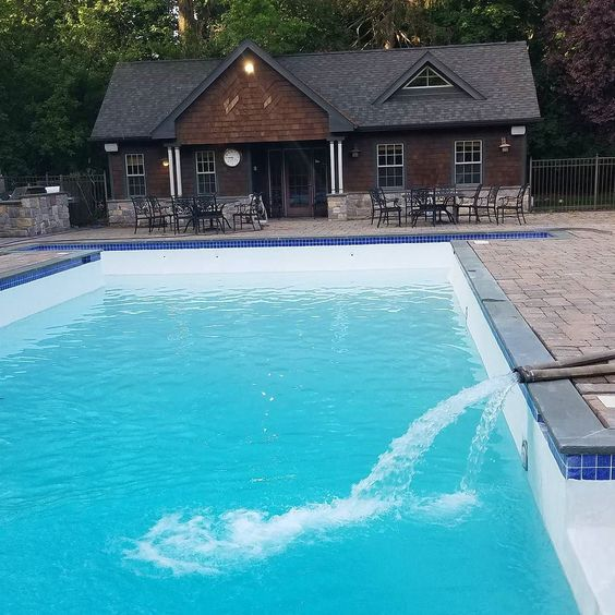 What A Beautiful Pool 80000 Gallons Gowaterking Swimmingpool