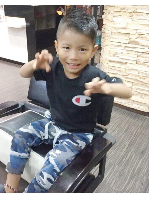 アンク クロス 池袋北口店 ツーブロックアシンメトリーキッズ 髪型 男の子 男の子 髪型 アシメ ティーンのヘアスタイル