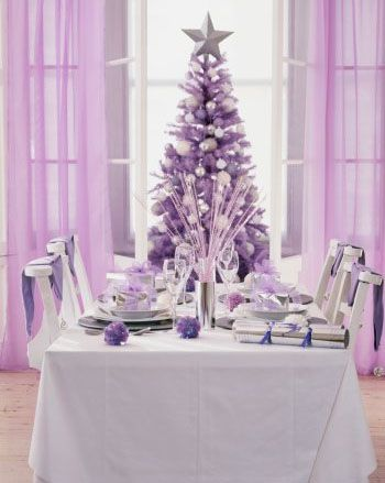 Purple can be does not have to be in your face as shown in this calming lilac Christmas setting