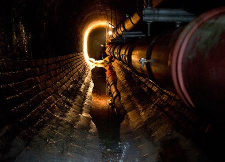 Underground in Vienna by Felicitas Matern - www.feelimage.at