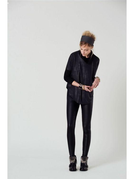 #Camiseta sport negra combinada #OkyCoky #Fashion #Moda