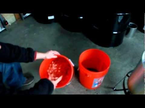 Bear Baiting Tip 2 Popcorn Cherry Kool Aid Bait Mixture Youtube Kool Aid Dog Food Recipes Bear Hunting