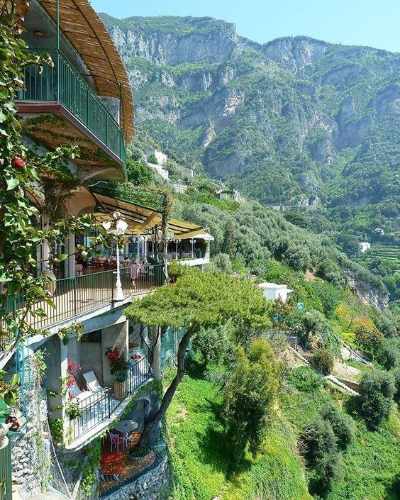 Italy Hotel San Pietro Positano Travel Adventure Vacation Holiday Travelphotography Tour Tourism Flight Easyjet Trips Overse Paisajes Viajes Italia