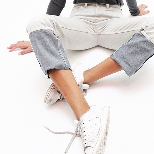 Detail of new fit: fold - medium waist, comfort fit, cropped, folded leg