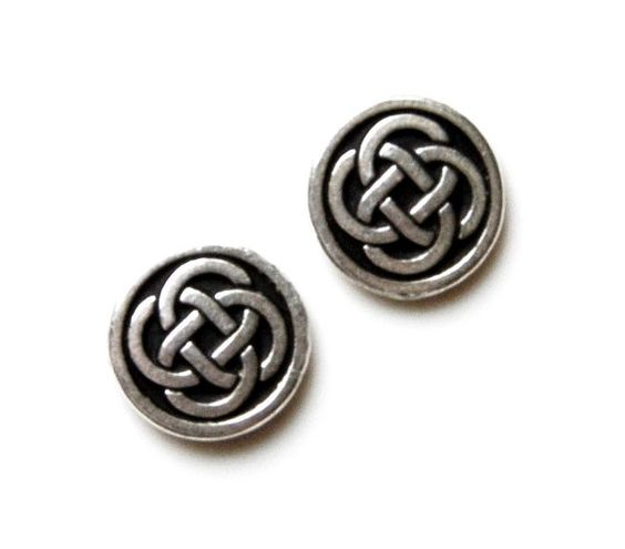 Celtic Knot Cufflinks Set Gift Box Included by Mancornas on Etsy, $39.50