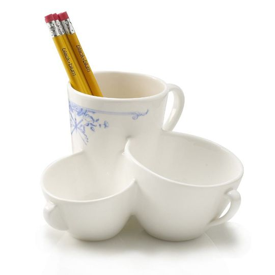 Teacup catchall