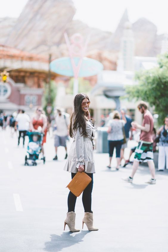GiGi New York | Tan Chloe Clutch | Mint Arrow Fashion Blog