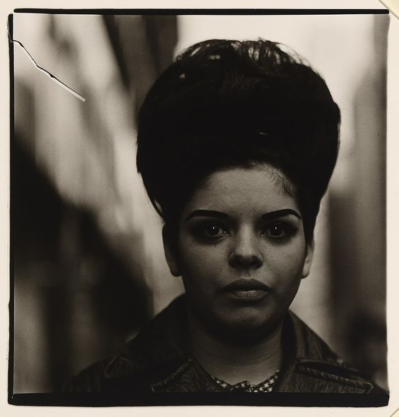 Diane ARBUS,  Woman with a beehive hairdo  1965