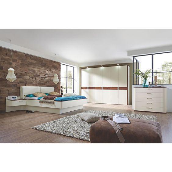 Helles, modernes Schlafzimmer komplett eingerichtet mit DIETER - schlafzimmer von hülsta