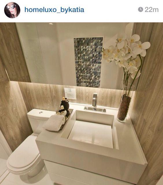 Banheiro pequeno + utilização do espaço + espelho e iluminação  Bathroom  P -> Iluminacao Banheiro Pequeno