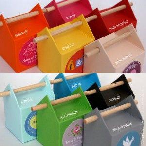 Colorful & original candy boxes!: Treat Box, Box Packaging, Boxes Repin, Colorful Candy, Boxes Packaging, Boxes Canson, Candy Boxes, Favour Boxes