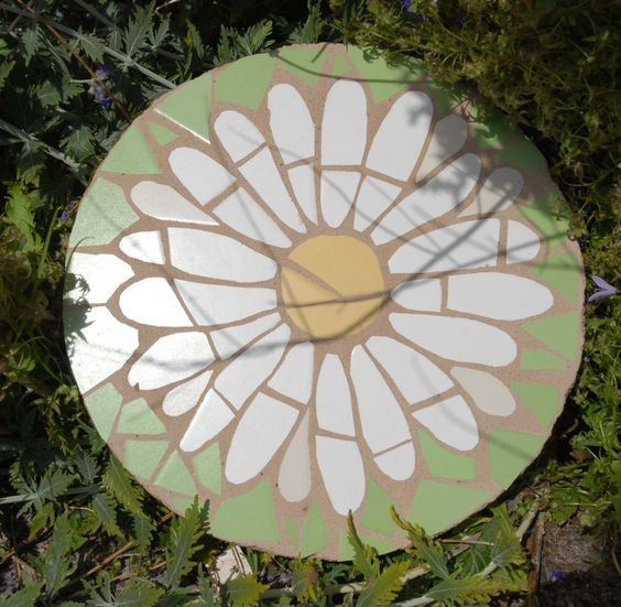 daisy stepping stone