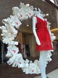 Resultado de imagem para vitrines de loja de roupas ideias