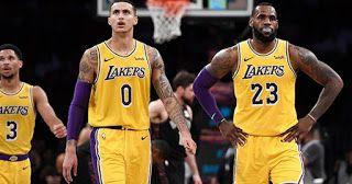 Los Angeles Lakers Starting Lineup Vs Phoenix Suns Sunday Kyle Kuzma Lebron James Lakers