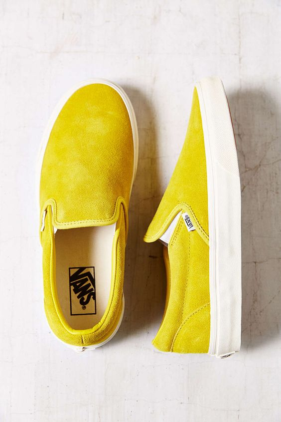 Vans Classic Suede Slip-On Womens Sneaker - Urban Outfitters
