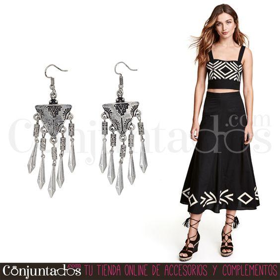Los #pendientes Guadalupe son un #complemento #boho-chic indispensable. Porque se lleva y también porque significa comodidad y libertad ★ 9,95 € en http://www.conjuntados.com/es/pendientes/pendientes-largos/pendientes-plateados-de-estilo-etnico-guadalupe.html ★ #novedades #earrings #conjuntados #conjuntada #joyitas #lowcost #jewelry #bisutería #bijoux #accesorios #moda #fashion #fashionadicct #picoftheday #outfit #estilo #style #GustosParaTodas #ParaTodosLosGustos