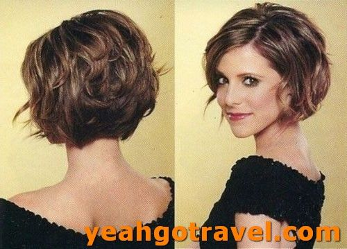48 Short Wavy Hairstyles For 2019 Our Latest Favorites Yeahgotravel Com Short Hairstyles For Thick Hair Thick Wavy Hair Short Hair Styles