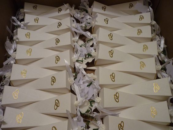 Gastgeschenk Hochzeit Tischkarte Spitztüte