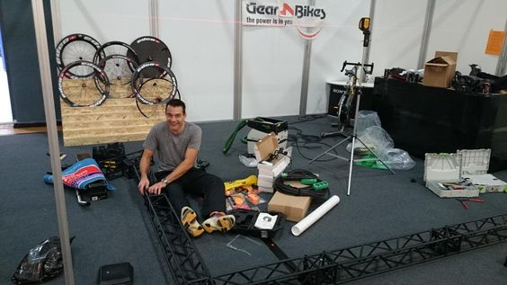 Så er vi i gang med at stille messe op #Gear4bikes #ISAACCycles #CycleOps #Powertap #Lakecycling #EDCO