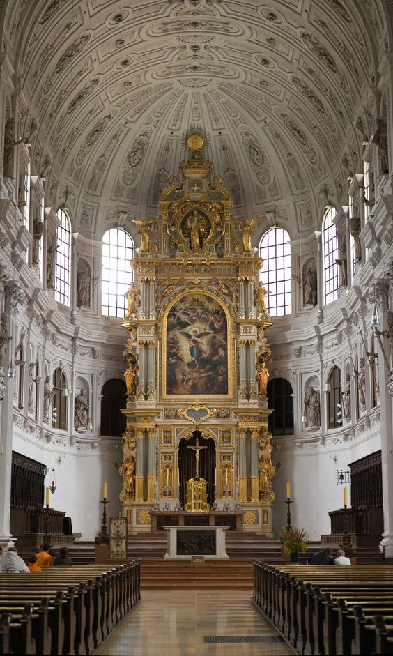 #Munich is a beautiful city with historical attractions