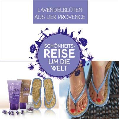 Wollt Ihr mehr über das Geheimnis von gepflegten Sommer-Füßen erfahren? Dann kommt mit uns auf Entdeckungsreise in die Provence! Auf den dortigen Lavendelfeldern wird der Bio-Lavendel angebaut, der für seine entspannende und reinigende Wirkung bekannt ist. Für das Schöne-Füße-Set wird Bio-Lavendel-Öl aus frisch gepflückten Lavendelblüten gewonnen. Im Nu erfrischte und geschmeidig zarte Sommer-Füße! #yvesrocher #urlaub #reiseumdiewelt