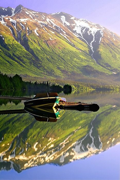 Alaska...so pretty. I'd love to go. But definitely in the summer time!