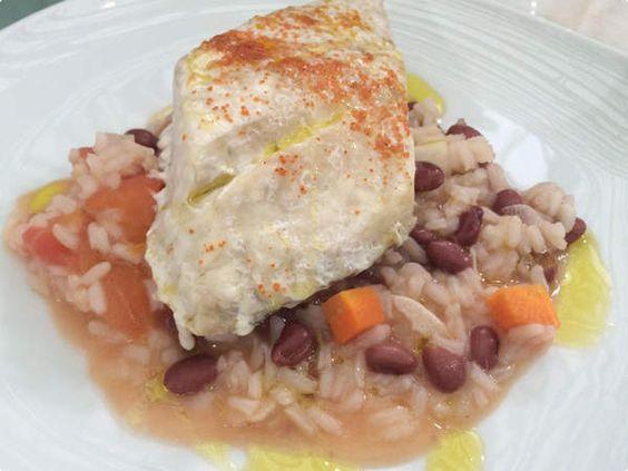 Robalo confitado com arroz de feijão e hortelã http://glo.bo/1t6Cmlc #MaisVocePT