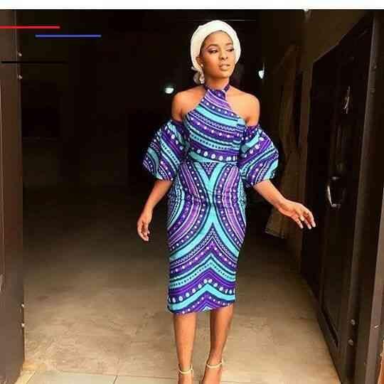30 Best Kitenge Designs For Long Dresses 2019 Kitenge Styles Kitengedesigns There Are Many Ways To Style Long K Kitenge Afrikanische Mode Kleider Modestil