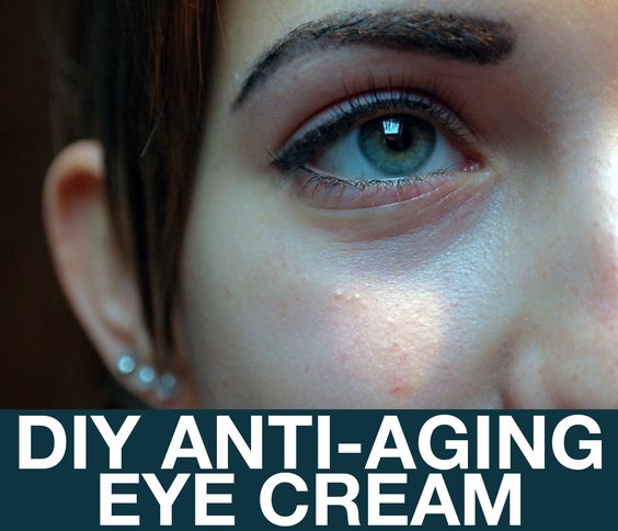 Effective, homemade, anti-aging eye cream using only 2 ingredients!  Perfect to help with dry and tired looking skin, especially during the cold weather.