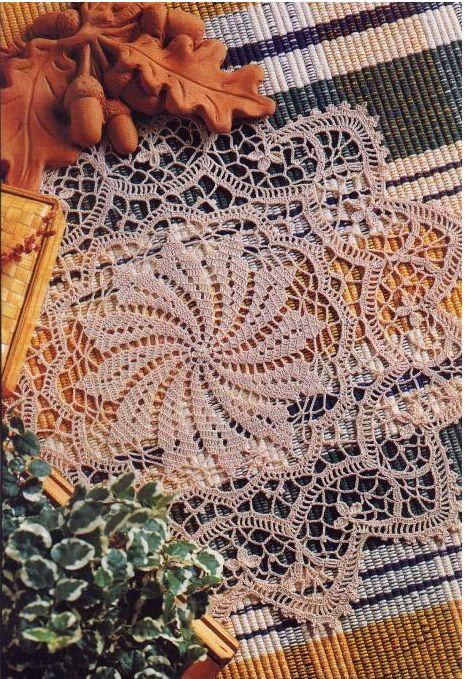 Crochet 'Crown Jewel' doily ~ Free pattern: