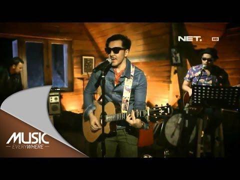 Chord Gitar Dan Lirik Lagu Mobil Balap Naif Chord Gitar Talk Show Fictional Characters