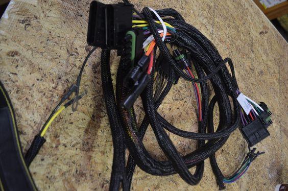 Wiring Harness NSN:6150-01-332-3729 P/N:AT116408